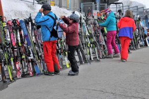 Прокат горных лыж